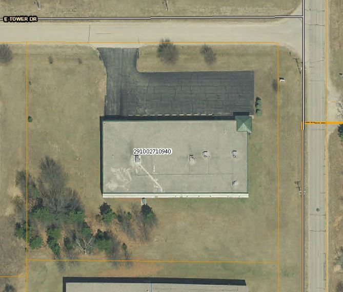 What Is Light Industrial Real Estate: 440 S Townline Road WI Industrial Building